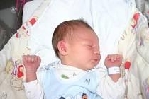 Prvorozeného synka Péťu si prvně pochovala v náručí maminka Veronika Abrhámová 21. 12. V ten den vážil chlapeček 3,89 kg a měřil 52 cm. Tatínek Petr si svojí manželku a synka odveze domů do Hořovic.