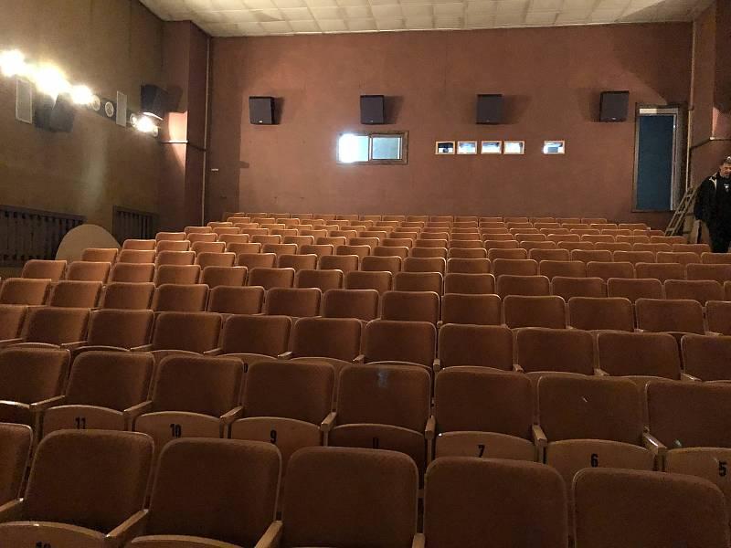 Kino v Litni.