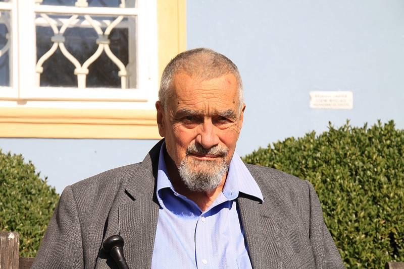 Volby v Sýkořici a Karel Schwarzenberg.