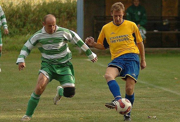 Fotbal okresní přebor: Trubín - Jiří Klička (vpravo)