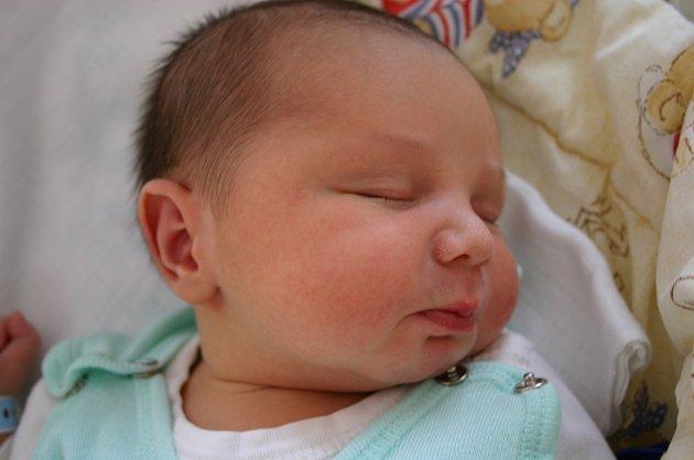 Syn Václav Vágner se narodil 9. listopadu Kateřině a Václavovi z Králova Dvora. Jejich chlapeček vážil 4100 gramů a měřil 52 centimetrů. Doma se na něj těšila sestra Deniska