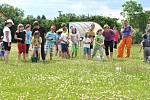VŠECHNY děti prožily krásný slunečný den plný zábavy.