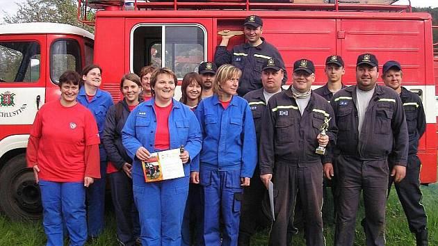 Dobrovolní hasiči mají schopné družstvo žen i dorostu