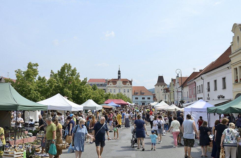 Tradiční Hrnčířské a řemeslné trhy v Berouně.