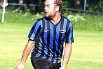 PETR VESELÝ patřil ke stěžejním kamenům záchranářských prací chlumeckých fotbalistů.