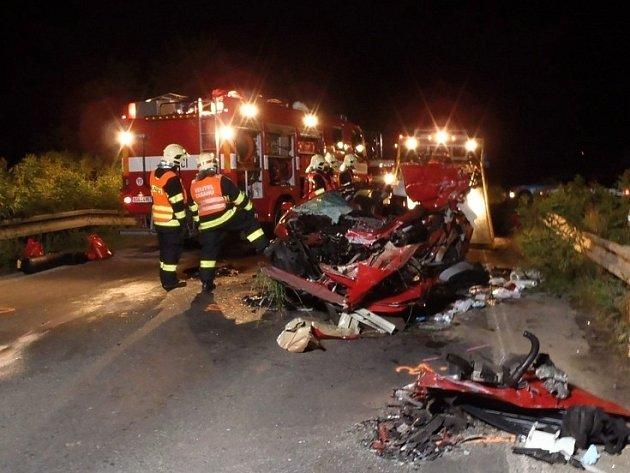 Smrtelná dopravní nehoda u Bavoryně.