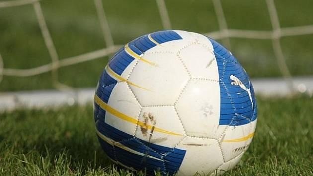 Derby týmů z čela tabulky zvládly lépe Dukovany