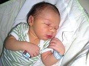 Prvorozeného syna přivedla na svět maminka Jindřiška Routová 14. prosince a tatínek Michal Routa vybral pro synka jméno Jakub. Chlapeček vážil po porodu 3,50 kg a měřil 49 cm. Tatínek bude Kubíčka učit hrát fotbal doma v Malém Chlumci.