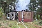 Požár chaty na Berounsku