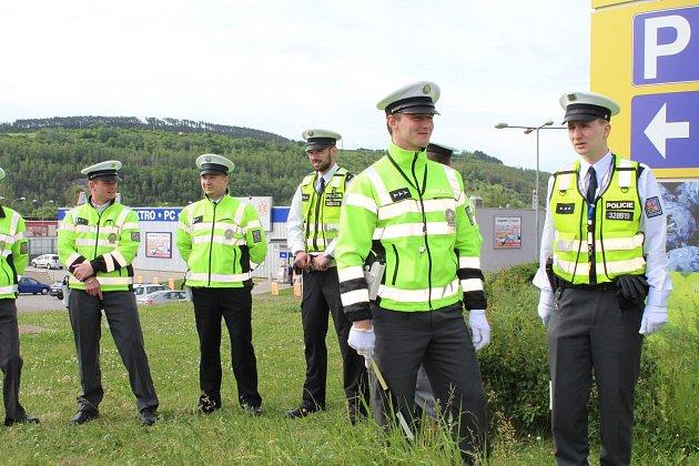 Středočeští dopravní policisté soutěžili o nejlepšího regulovčíka.