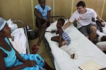 Hořovický lékař Tomáš Šebek působil tři měsíce v nemocnici na Haiti.