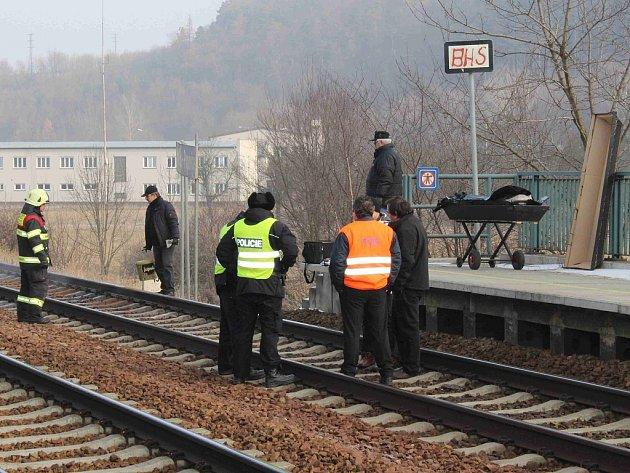 Tragická nehoda na železniční trati v Popovicích u Berouna.