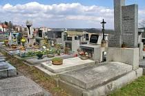 Vyšší DPH zvedne i ceny pomníků