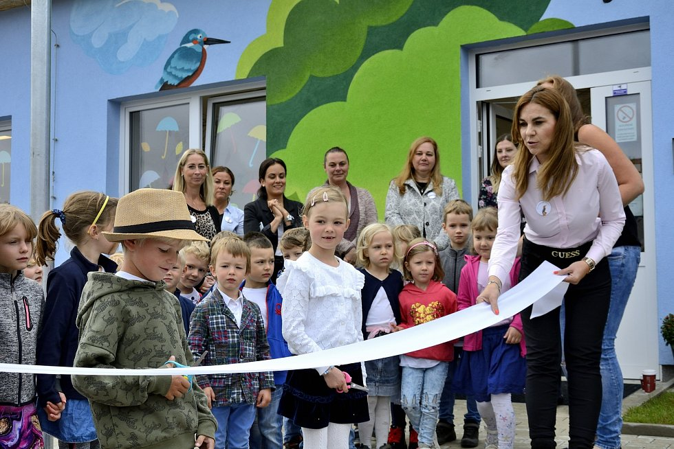 Otevření nové budovy mateřské školy Ledňáček Hýskov.