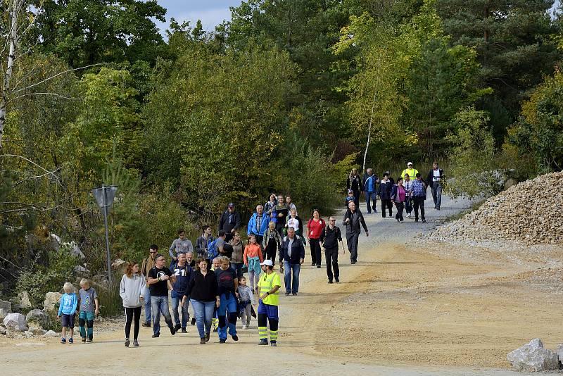 Velkolom Čertovy schody se v sobotu 25. září 2021 na jeden den otevřel veřejnosti.