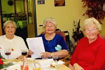 Česko zpívá koledy ve zdickém domově důchodců