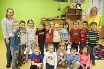 Prvňáčci z Lochovic ve školním roce 2019/2020.