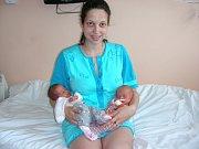 Dvojnásobnou radost mají rodiče Ivana Březovská a Jan Vacura z Malé Vísky, kterým se 22. dubna 2014 narodila dvojčátka Ráchel a Jan. Ráchel přišla na svět v 8.17 hodin s mírami 2,15 kg a 45,5 cm a Jan se narodil v 8.19 hodin, vážil 2,13 kg a měřil 44 cm.