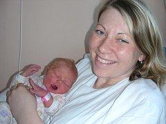 Manželé Věra a Jiří Eschnerovi z Hořovic přivítali společně na světě 22. ledna v 17:16 hodin prvorozenou dcerku, které vybrali jméno Klaudie. Klaudie se mohla po porodu pochlubit pěknou váhou 3,99 kg a mírou 51 cm.