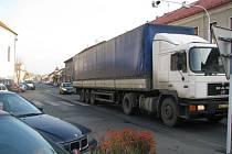 Kamiony v centru města