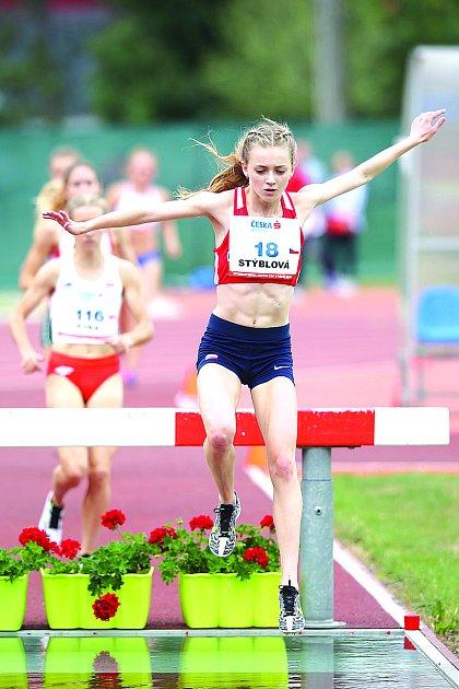 Vletošním roce si úspěšně vyzkoušela berounská atletka novou disciplínu.