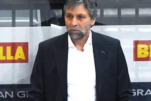 Trenér Sparty Josef Jandač.