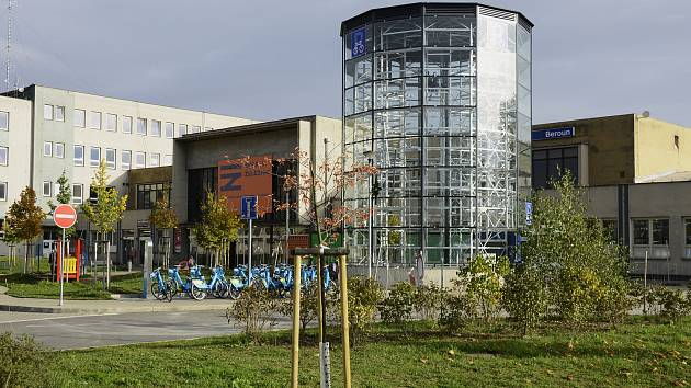 Cyklověž v Berouně před otevřením.