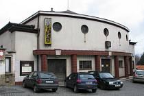 Budova městského kina v Hořovicích zeje prázdnotou.