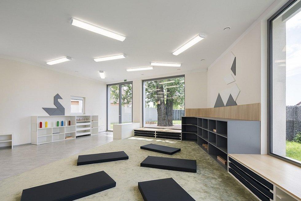 Stavba roku 2020 - nominace - Klecany, Montessori školka