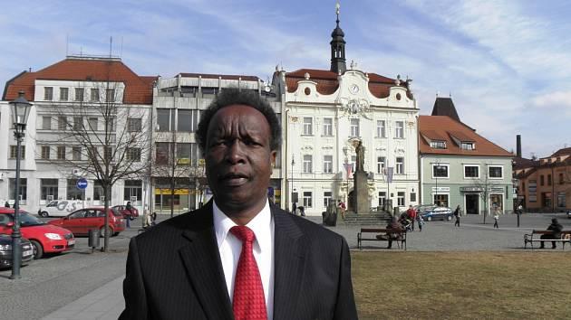 Keňský velvyslanec z Haagu při návštěvě Berounska