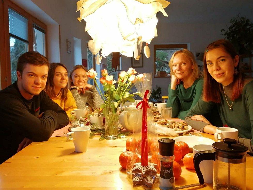 Michaela Hrachovcová rodinou.