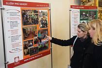 Berounská farní charita vznikla před pětadvaceti lety. Na počest této významné události byla v kostele sv. Jakuba v Berouně otevřena výstava, která mapuje historii a činnost farní charity v oblasti sociálních služeb.