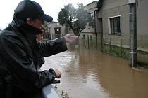 Povodeň zaplavila v srpnu 2002 i Králův Dvůr.