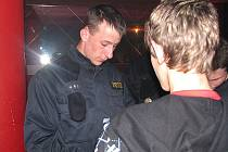 Policejní kontrola na diskotékách