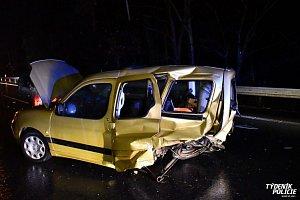 Opilý řidič boural u Jíloviště
