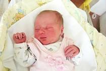 Prvorozenou dcerku Julinku přivedla na svět maminka Jana Pokorná spolu s tatínkem Michalem Mečlem ve čtvrtek 24. června. Po narození vážila princezna 3,08 kg a měřila 49 cm. Domov má rodinka v Hostomicích.
