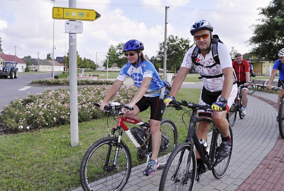Síť cyklostezekprotíná celý region. Autor fotografií: Deník