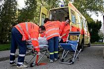 Záchranáři musí každý týden řešit i pracovní úrazy