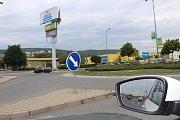V současné době jsou v berounském regionu čtyři kruhové objezdy. V Berouně je u přivaděče na dálnici D5 a u autobusového nádraží, v Králově Dvoře u supermarketu Albert a v Hořovicích u obchodní zóny Na Valdeku.