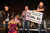 Koncert kapel Wohnout a Moped pro postiženou Editku.