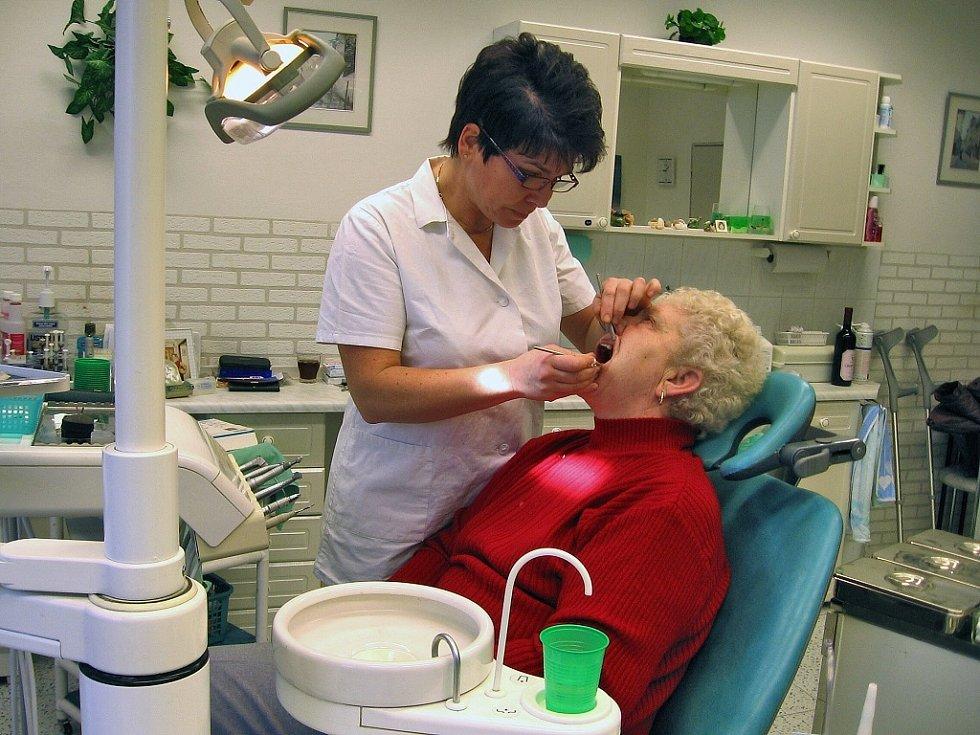 Berounská zubní lékařka Štěpánka Šedivá má ve své kartotéce  přes dva tisíce pacientů