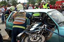 Hořovičtí hasiči na soutěži ve vyprošťovní osob z havarovaného vozidla