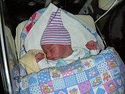 Datum 5. listopadu 2018 má v rodném listě zapsané Filip Nový, syn manželů Vlaďky a Tomáše z Prahy. Filípkovi sestřičky na porodním sále navážily 3,02 kg a naměřily 48 cm.