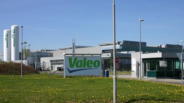 Zápach z firmy Valeo trápil celé roky obyvatele Žebráku a přilehlých obcí. Od tohoto týdne by se ale měla situace změnit.