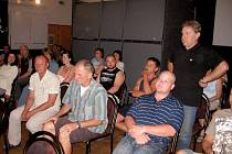 Hořovičtí zastupitelé jednali o sauně i prodeji bytů a pozemku