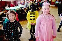 Maškarní karneval v Chodouni přilákal desítky dětí s rodiči