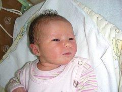 Tatínek Pavel Šlosar si nenechal ujít narození prvního miminka, dcerky Natálie, kterou přivedla na svět maminka Vlasta Šlosarová v pondělí 13. února. Natálka vážila po porodu 3,10 kg a měřila 52 cm. Domov má rodinka v Hořovicích.