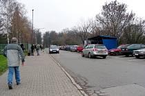 Problémem města Hořovice je parkování u nemocnice