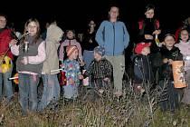 Lampionový průvod s ohňostrojem si užili lidí z Vižiny i okolních obcí