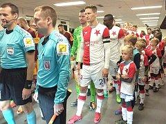 V rámci akce pro partnerské kluby nastupovali před ligovým mačem.